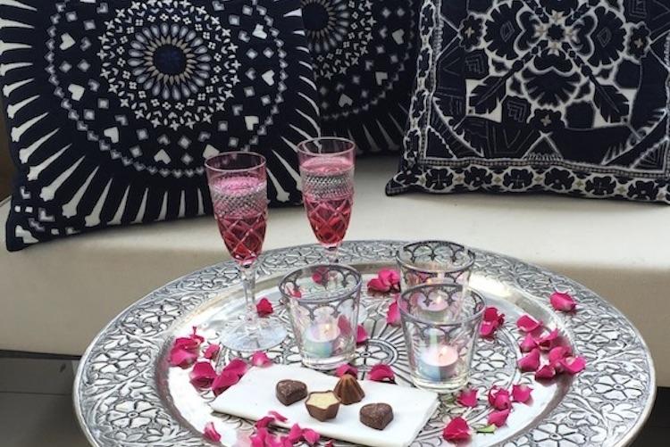 Profitez d'une brise d'amour sur le Marina Souq du 10 février prochain !