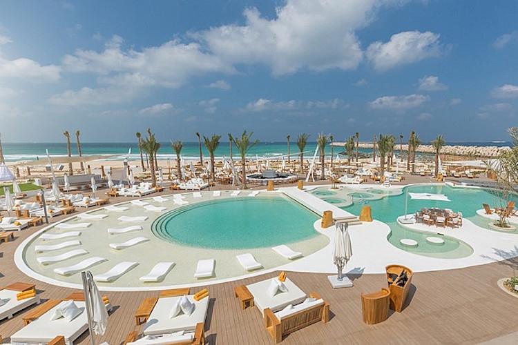 So Chic s'invite au Nikki Beach de Dubai!