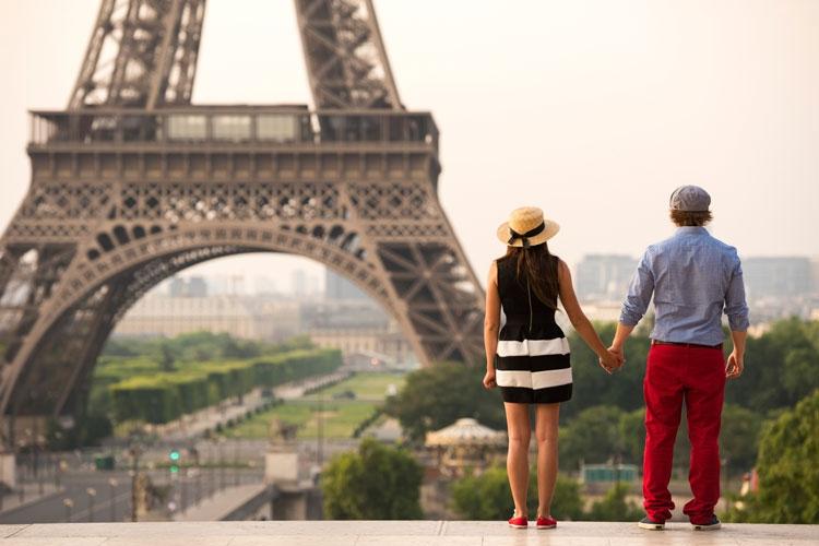 Bientôt de retour à Paris ? Confiez la recherche de votre appartement à des professionnels !