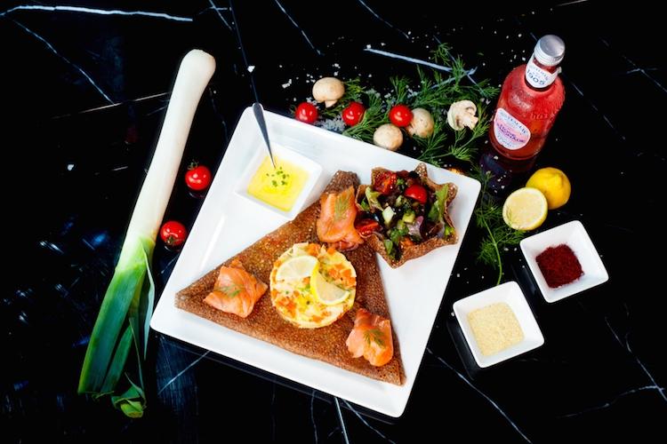 La bonne galette bretonne croustille enfin dans les cuisines d'HEOL Bistrot à Dubai !