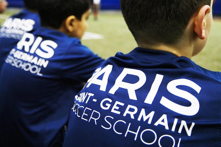 La Paris Saint-Germain Football academy… foule les terrains de Dubai !