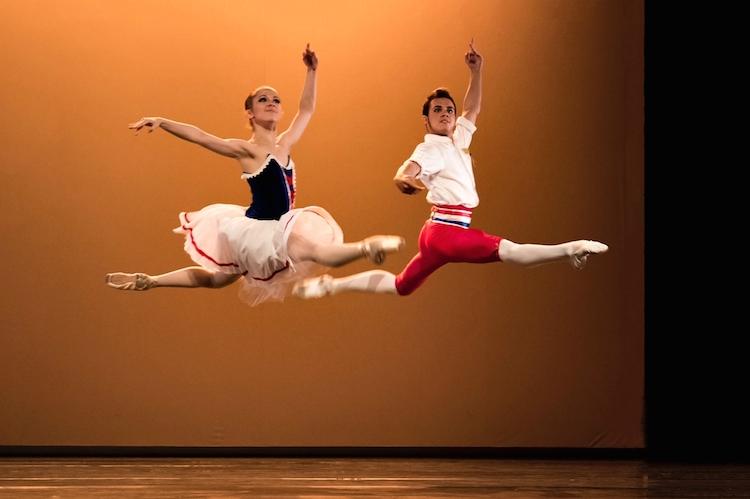 Les Ballets de France dépoussièrent la danse classique sur la scène de Dubai !