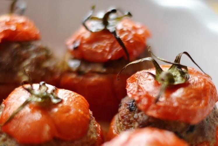 Recette de famille : les tomates farcies de mamie Niout !