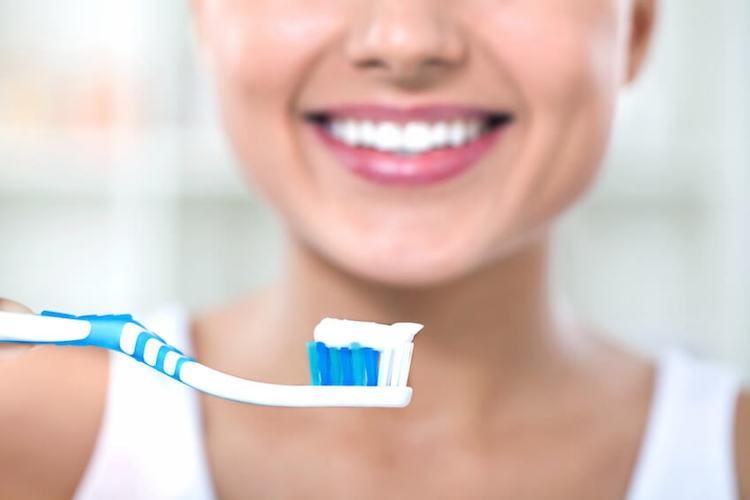 Dentition : comment optimiser son hygiène bucco-dentaire ?