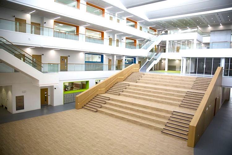 Jusqu'au Baccalauréat International avec Swiss International Scientific School Dubai !