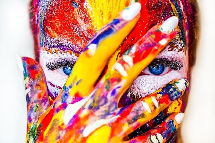Comment les couleurs influencent notre bien-être émotionnel et physique
