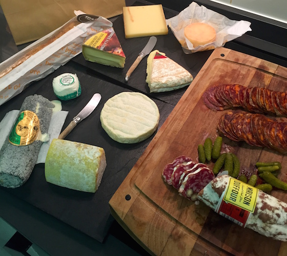 Plateau charcuterie et fromages francais