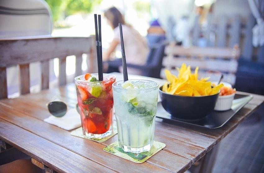 Comment acheter et boire de l'alcool aux EAU ?