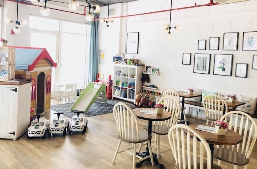 """Notre sélection de cafés """"Kids friendly"""" à Dubai !"""