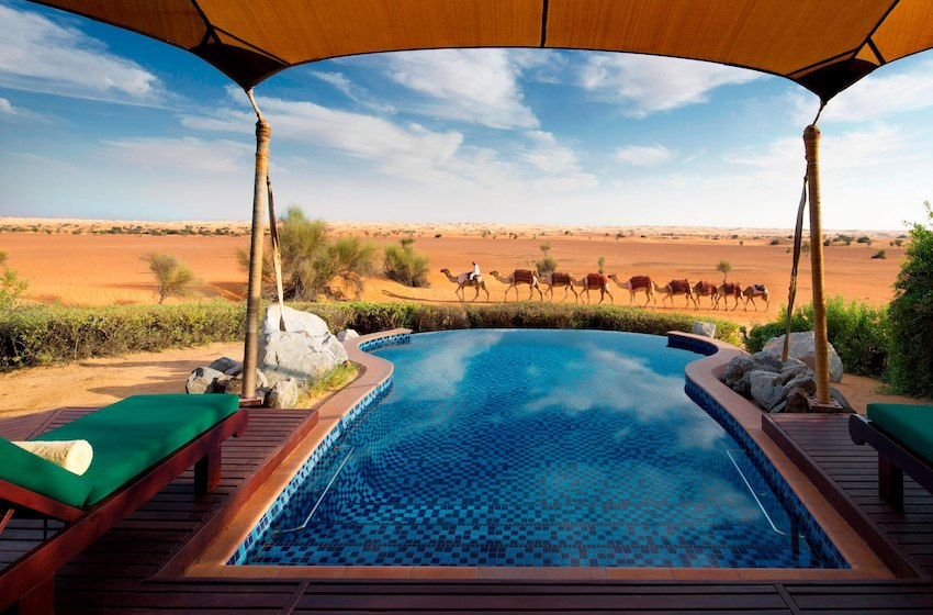 Nuit dans le désert aux Émirats : quelles options d'hôtels et de glamping ?