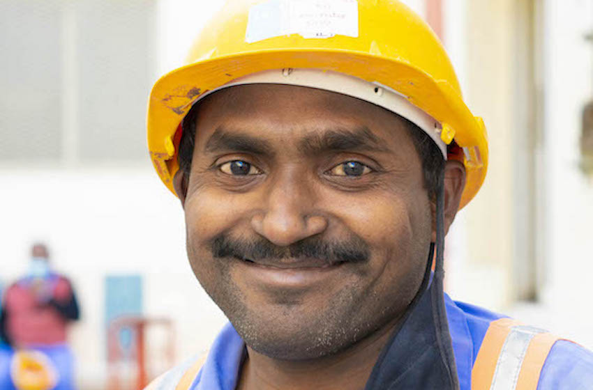 Wall of Smiles : Alexandra Raynaud met à l'honneur les Workers de Dubai